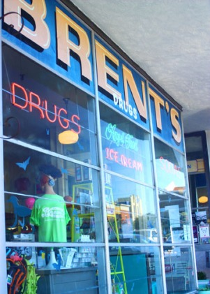Brent's Drugs front window